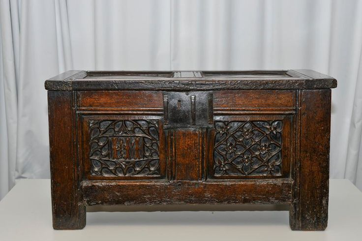 Wedding Gift For Elder Sister : TUDOR-STUART WEDDING GIFT FROM 1503 This fine chest was apparently ...
