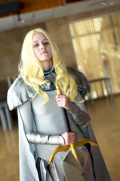 This is nice it really looks like her isn t her name Teresa Teresa Claymore Cosplay