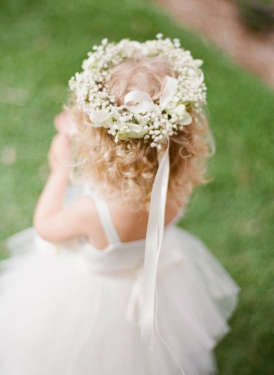 This simple and sweet baby's breath crown is perfect for the flower girl! Shop Baby's Breath and other popular wedding flowers at GrowersBox.com.