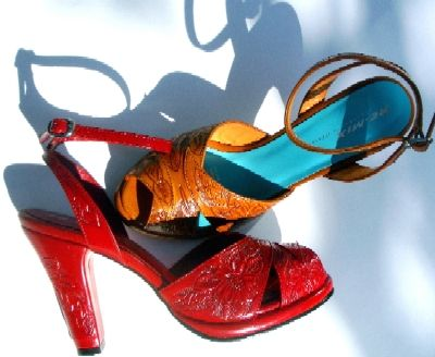Remix Shoes...they make retro shoes in 1940's to 1950's styles