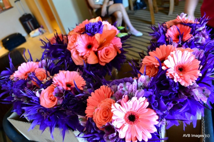 Shannon Loves Flowers Albuquerque NM Bridal Party Feathers Instead