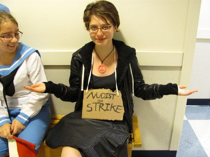 Nudist on Strike - Last Minute Halloween Costume