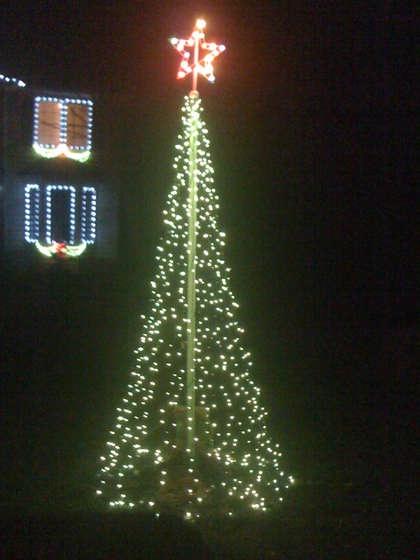 Mega Christmas Light Tree | Holidays | Pinterest