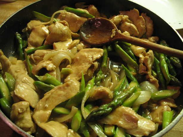 Chicken and asparagus stirfry- I'll be making this for dinner tonight ...