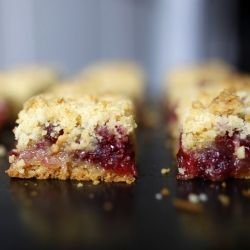 Make cranberry crumb bars this week :) | I really just want to be a b ...