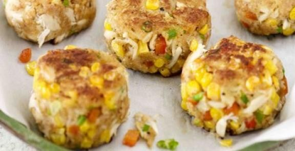 Introduce your crab cakes to summer corn