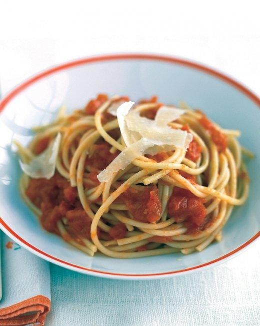 Fresh Tomato Sauce- Great to stow containers of it in your freezer.