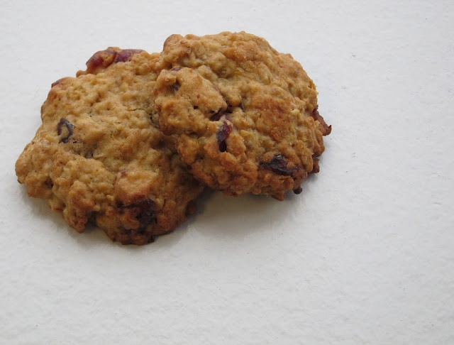 Almond-Cranberry Quinoa Cookies from Bon Apétit.