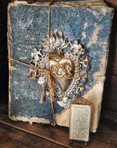 Antique french book decor pinterest for Antique books for decoration