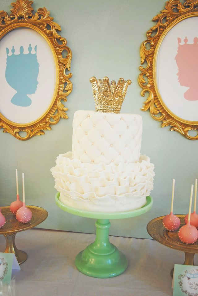 Royal Baby Shower Tiered Cake - love this crown cake topper! #cake #babyshower