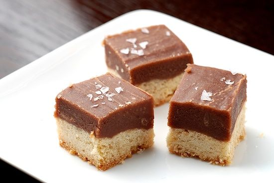 Salted Chocolate Caramel Shortbread Cookie Bars - my three favorite ...