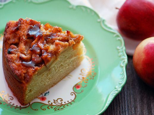 Maple Cake with Brown Butter Apples | I didn't like placing apples on ...