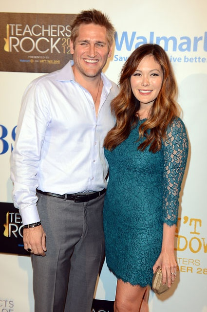 Curtis Stone & Lindsay Price    Stone and Price have been dating since late 2009. The couple had a son, Hudson, on November 6, 2011. The twosome became engaged in July.