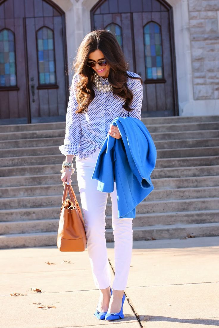 prada sunglasses, white pants in winter, blue pumps, royal blue pumps, pearl necklace, oversized pearl necklace, zara necklace, mac saint ge...