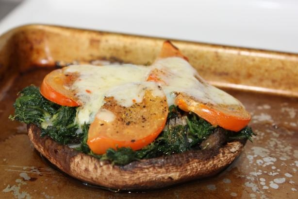 Portabella Pizzettas from Food.com: Love mushrooms, especially ...