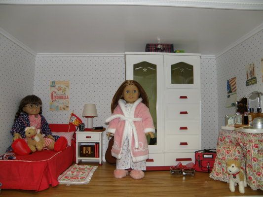 Molly 39 s bedroom american girl doll patterns and ideas - American girl bedroom ideas ...