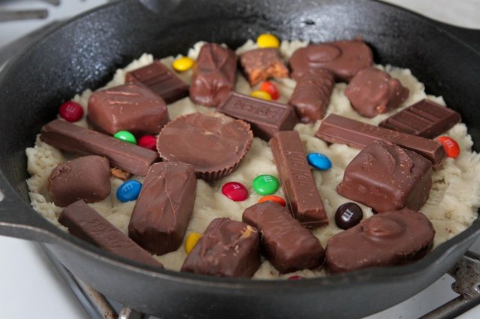 ... Halloween candy .... Skillet Baked Candy Bar Stuffed Double Cookie
