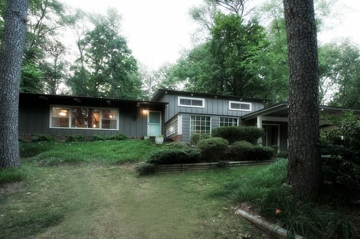 Interiors Of Mid Century Modern likewise Light Well Magic in addition Game Room Contemporary Family Room Chicago together with Cooling Off With Ceiling Fans further Een Industrieel Interieur Ge bineerd Met Andere Stijlen. on mid century modern homes atlanta