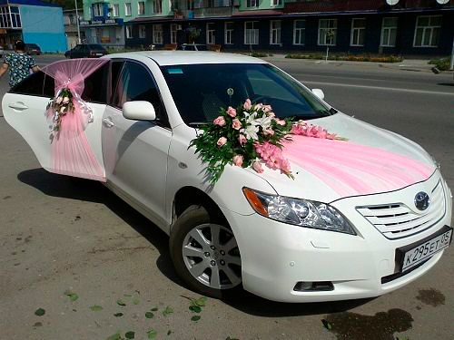 Wedding car decor romantic decoration for Car inner decoration