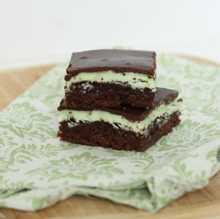 Grasshopper Mint Brownie Bars | Food | Pinterest