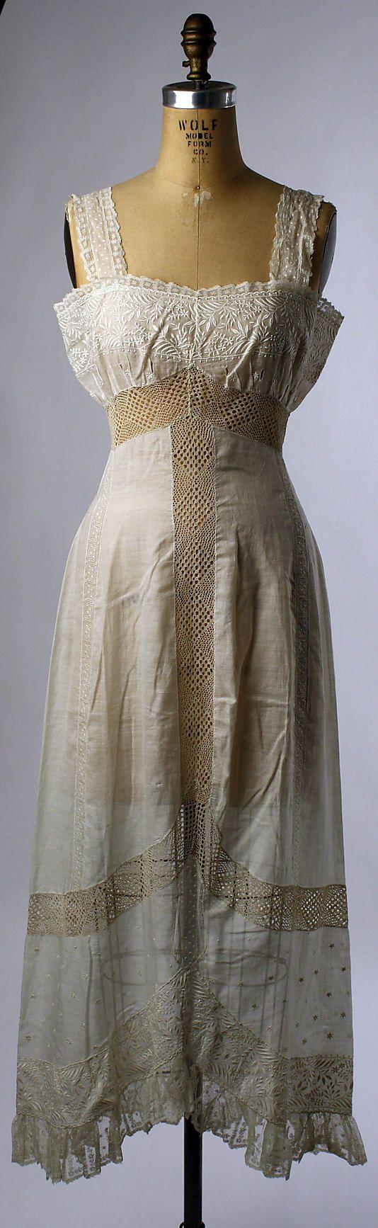 1909-11 French Petticoat