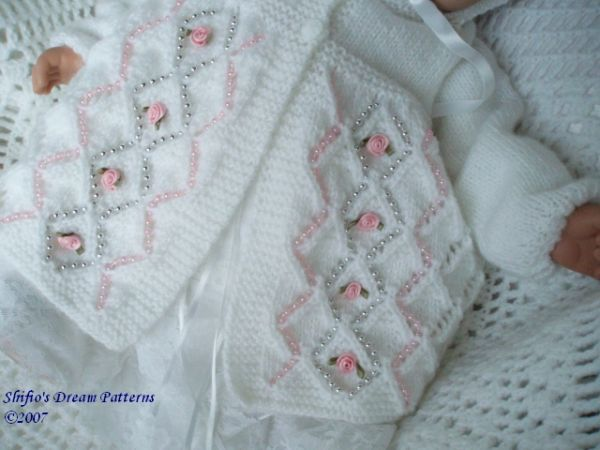 Knitting Patterns For Babies On Pinterest : BABY MATINEE KNITTING PATTERN chandail Pinterest