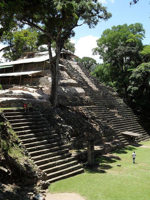 Mayan pyramids at Copan, Honduras (by mike.bulter).