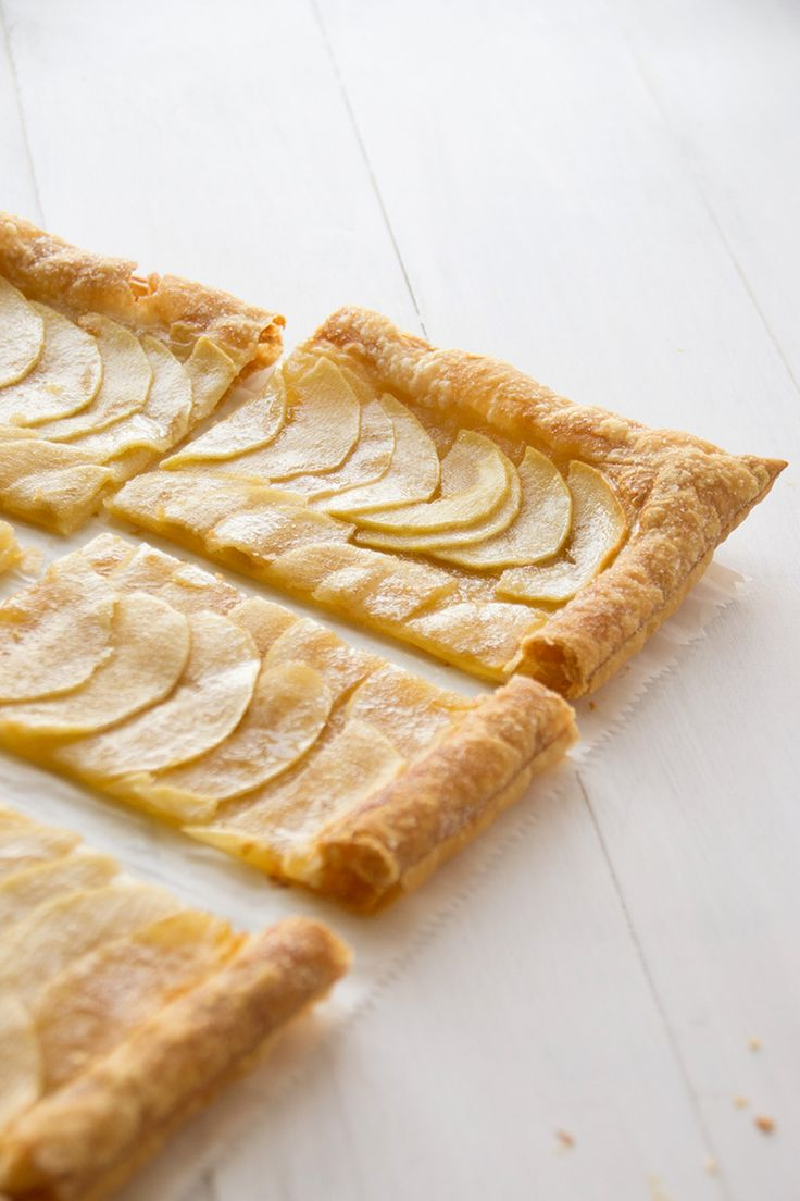 Easy Puff Pastry Honey Apple Tart. Takes 45 minutes total and only 5 ...