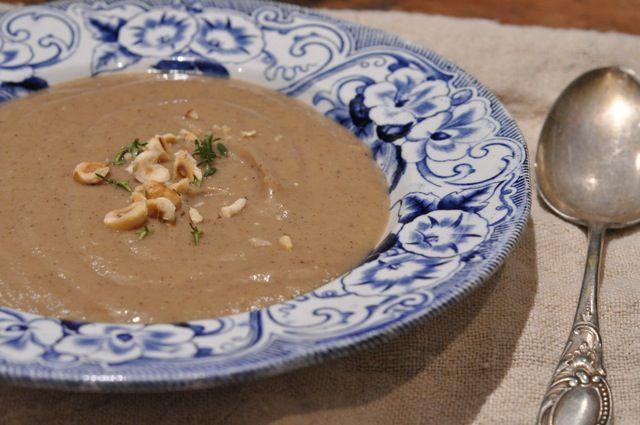 Cauliflower and Jerusalem Artichoke soup with Thyme