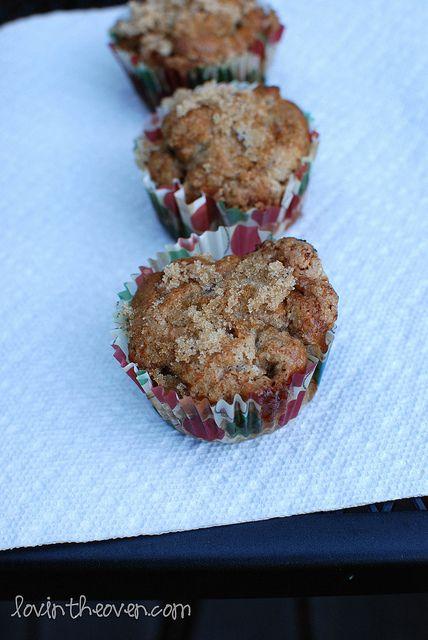 Whole wheat apple-cinnamon muffins http://www.lovintheoven.com/2011/10 ...