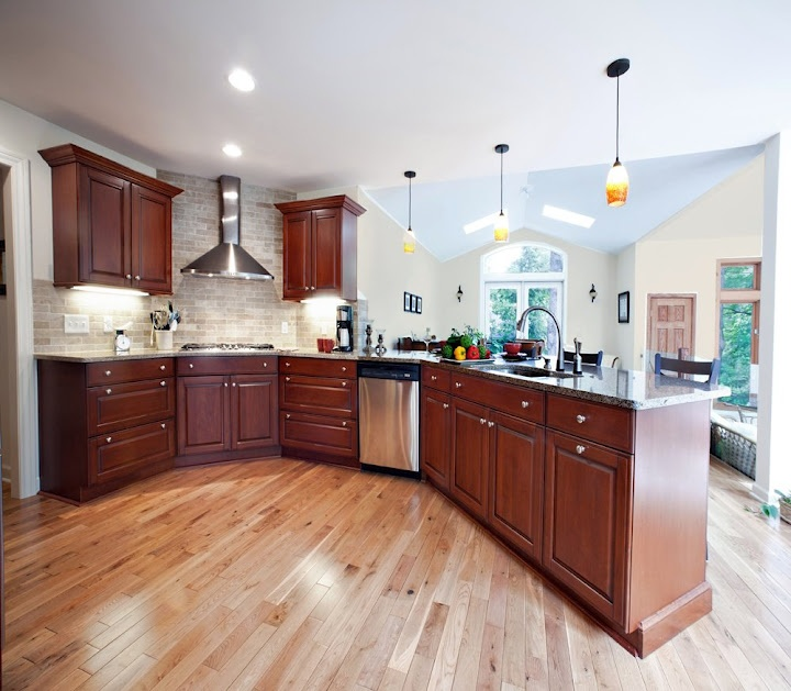 Brookhaven andover cherry cabinets amazing kitchens for Brookhaven kitchen cabinets