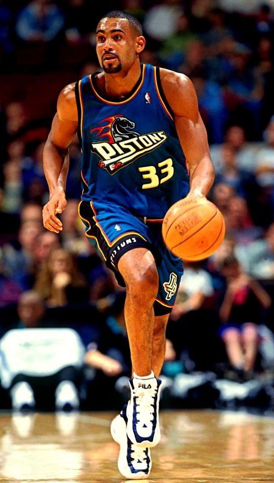 Grant Hill Detroit Pistons he was the best sf in the league back then Grant Hill Pistons