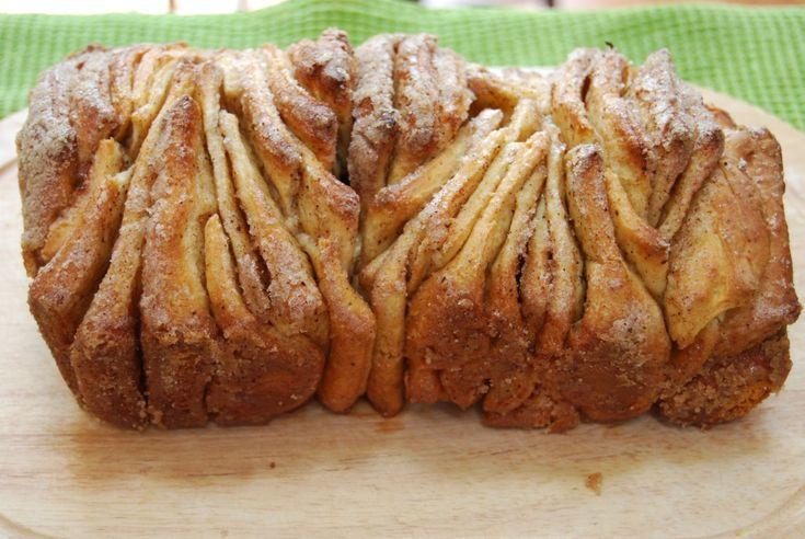Pull Apart Cinnamon Sugar Bread | yummy. | Pinterest