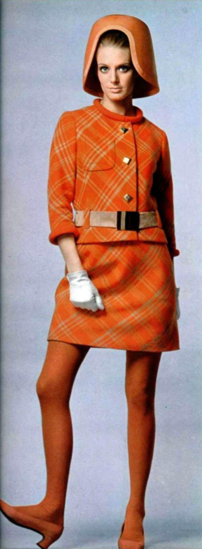 History of Fashion 1960's - 1970's - Catwalk Yourself 1970 s fashion magazines