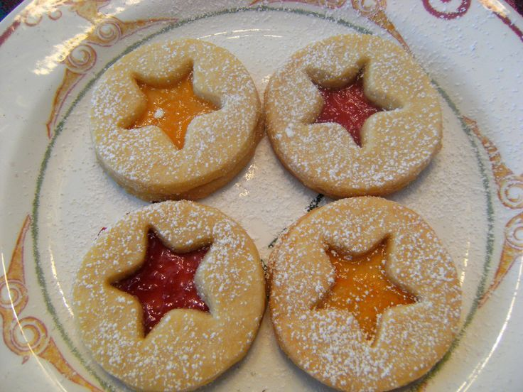 Shortbread Linser Cookies made with seedless blackberry or raspberry jam...yum!
