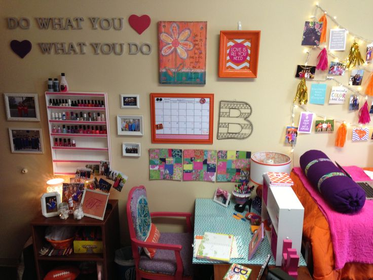 My college dorm room at Clemson!  ~College~  Pinterest ~ 103902_Clemson Dorm Room Ideas