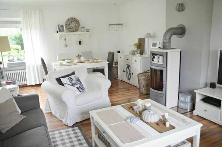 House No. 43: neues Sofa - new sofa und Wohnprobleme