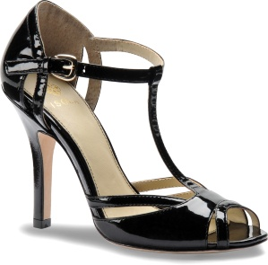 The Badre, a strappy contoured peep toe. (Black) #wedding #isolashoes