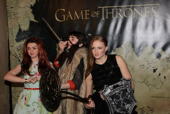 game of thrones premiere on facebook