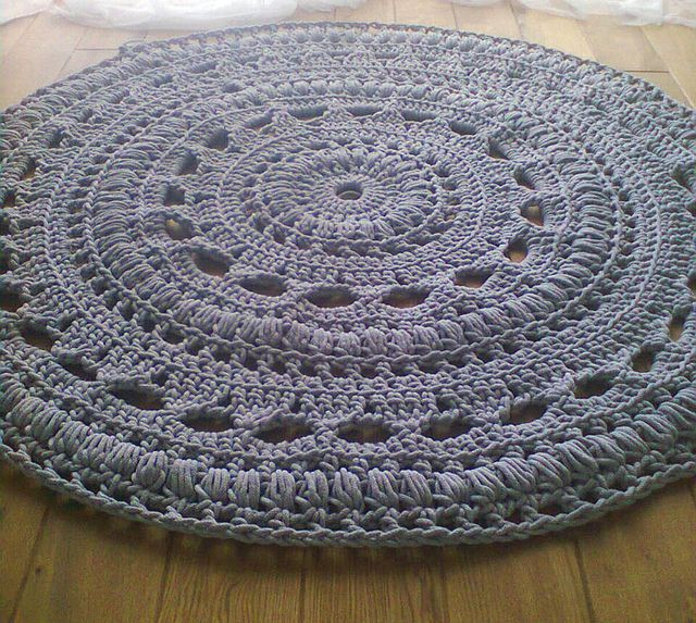 crochet rug by lorka., via Flickr