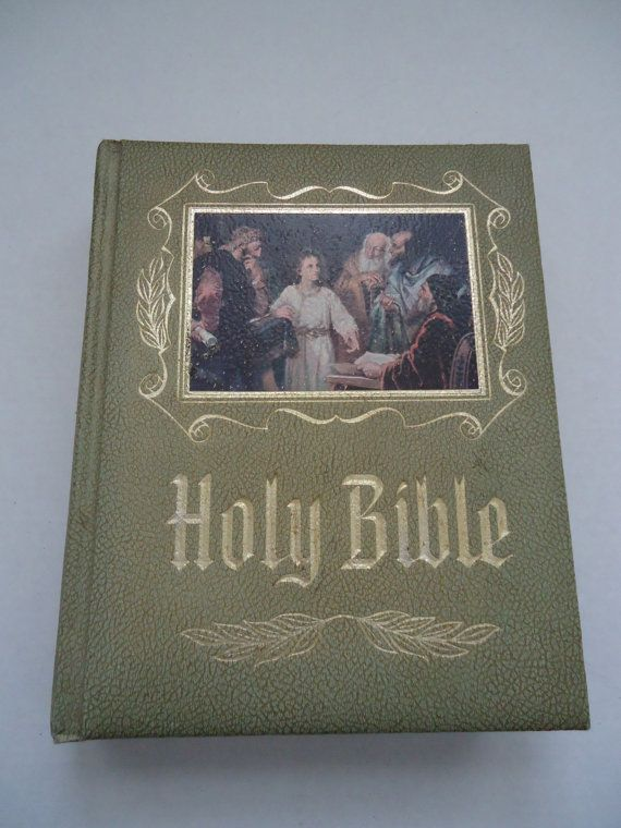 Vintage 1970 S Large Family Heirloom Bible Old Amp New
