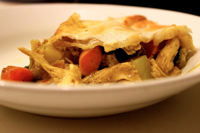Curried Chicken Pot Pie | Twin Tastes | Pinterest