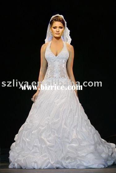 Prettiest Wedding Dresses In History : Most beautiful wedding dresses in history