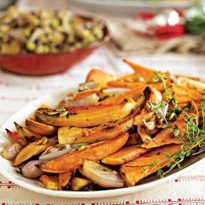 Herb-Roasted Sweet Potatoes | Vegan nom noms | Pinterest