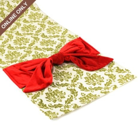 Table Green runner cute Pinterest cute.  Runner.  Christmas.  table Damask  SO christmas