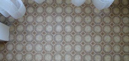 How to Repair Linoleum Floors | eHow