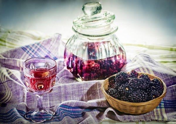 DIY Blackberry Liqueur | Cocktails | Pinterest