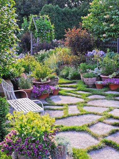 Backyard Garden Oasis : Gorgeous Gardens