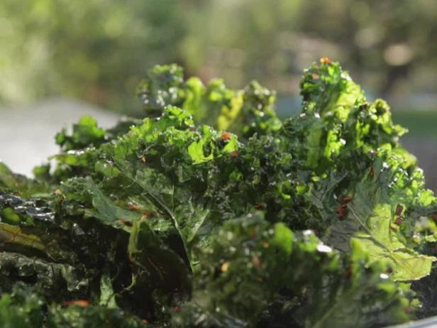 Picture of Crispy Kale Chips with Lemon Recipe-Thanks to my Aunt Ruth ...