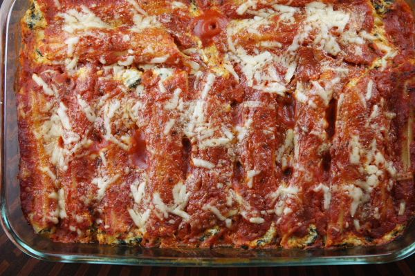 Spinach and cheese stuffed manicotti--and you don't precook the ...